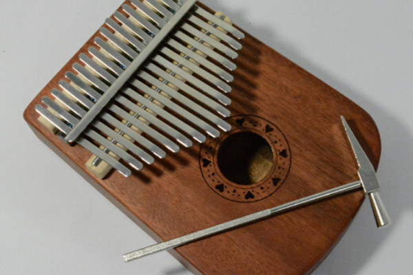 17-Key Kalimba (Thumb Piano)